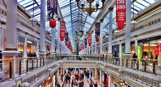 Rebajas en centro comercial