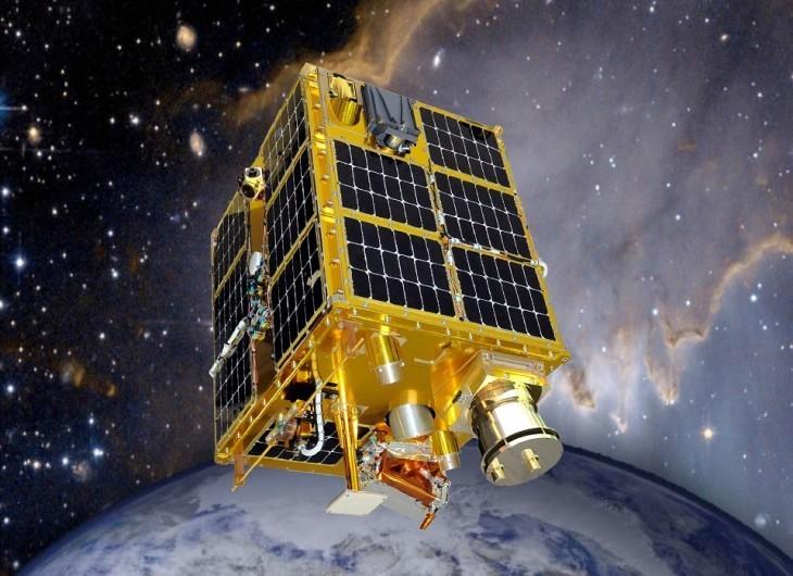microsatellite-649775_960_720