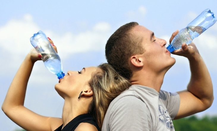drinking-agua-filter-singapore-1235578_960_720
