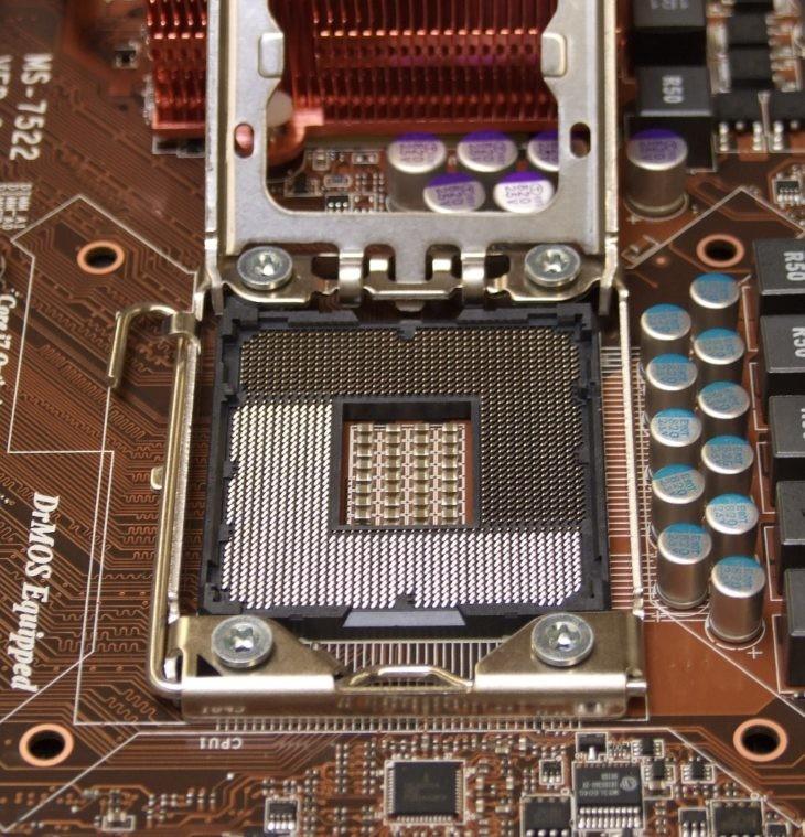 LGA_Socket_1366