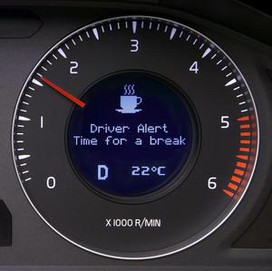 Volvo presenta varios sistemas para alertar a conductores cansados o distraídos