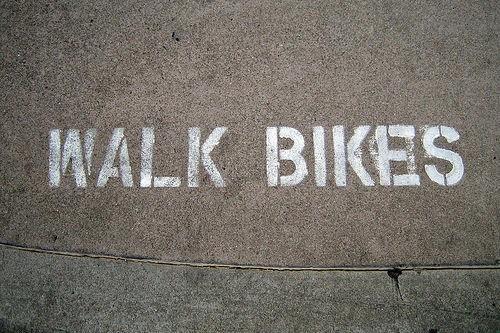 Marca vial: Walk Bikes