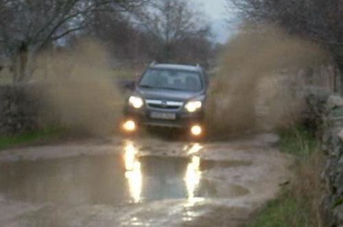 Opel Antara - Vadeo