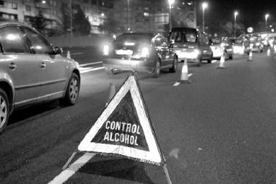 Mantenga seguros a los conductores adolescentes