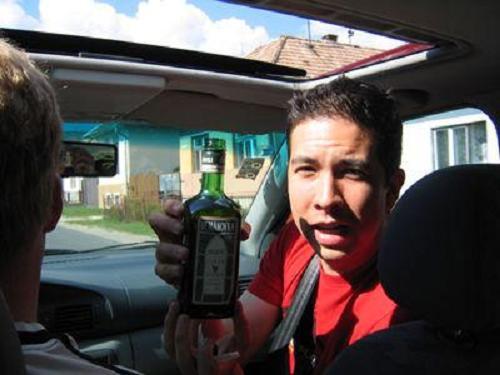 Bebida alcohólica en el coche