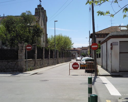 Entrada prohibida en un tramo con circulación modificada por obras