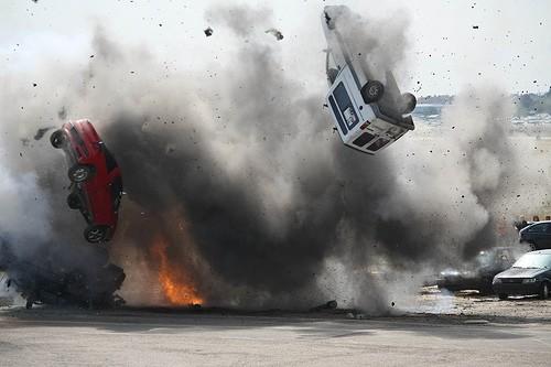 coches volando.jpg