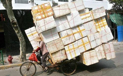 Exceso de carga en una bicicleta