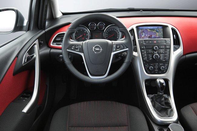 Opel Astra - Volante a la izquierda