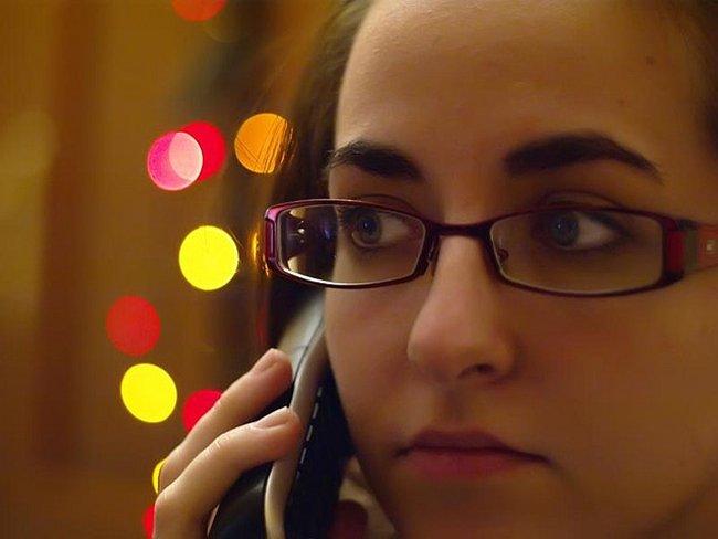 Al teléfono por Por ShockCR
