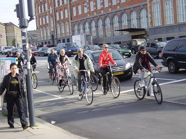 Tráfico de bicicletas por Double Feature