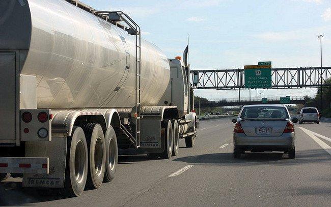 Los vehículos pesados pueden causar efecto acordeón