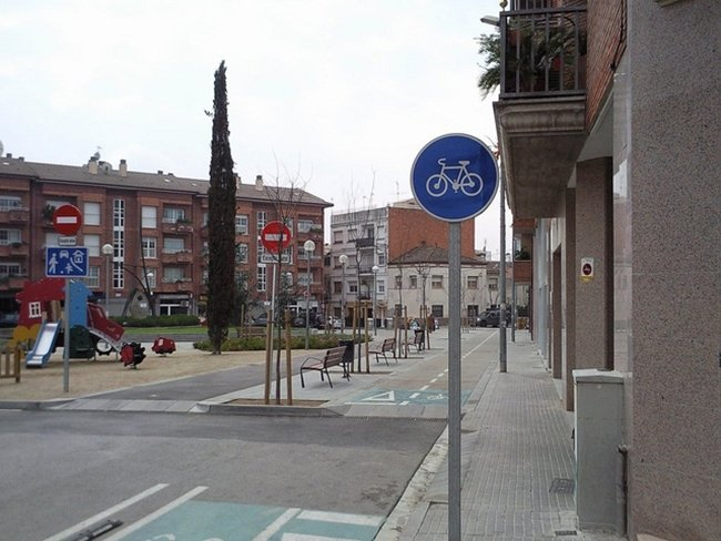R-407a Vía reservada para ciclos o vía ciclista