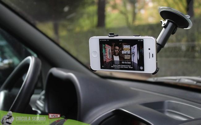 iPhone soporte coche
