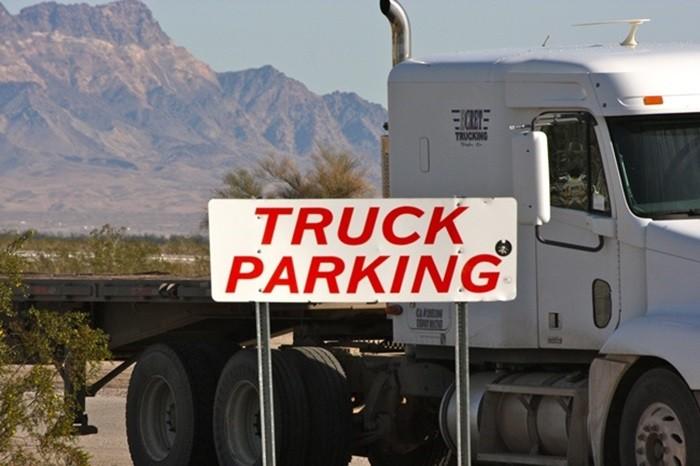 Aparcamiento camiones