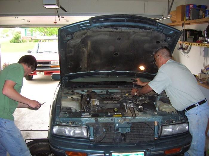 Reparando vehículo