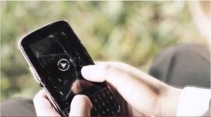 Cuando un móvil roto es todo el recuerdo que queda
