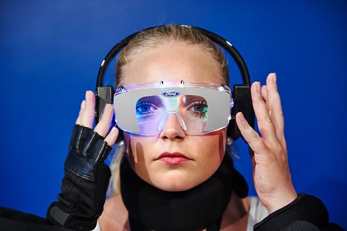 Gafas de Ford que simulan los efectos de conducir bajo los efectos de la drogas