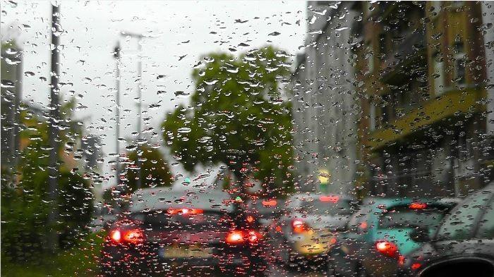 lluvia y trafico