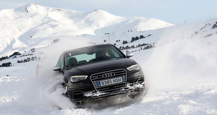 Curso de conducción de Audi en la nieve