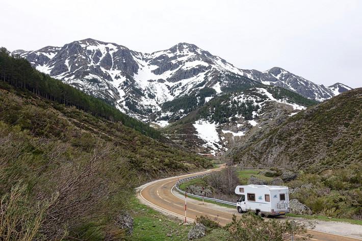 autocaravana montaña