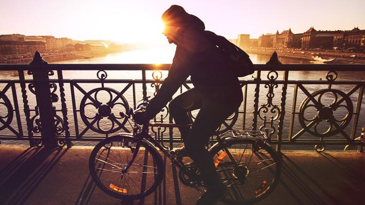 ciclista puente