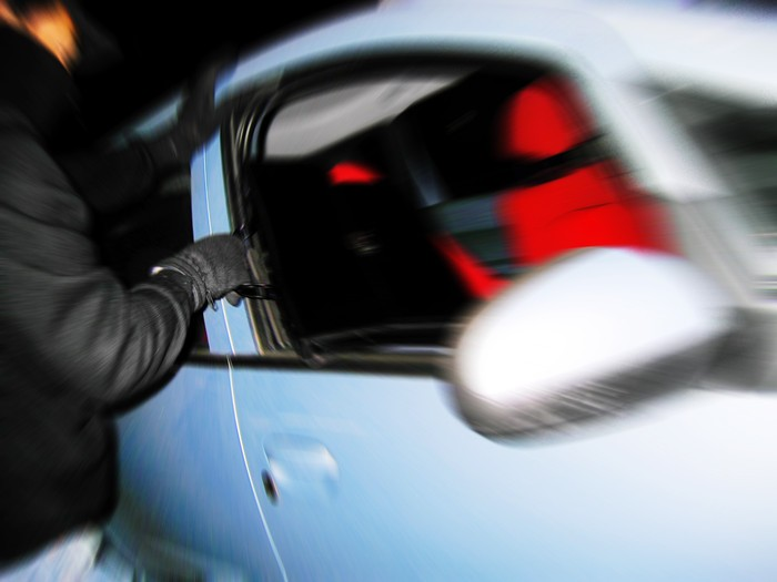 Dez conselhos para evitar os assaltos aos carros