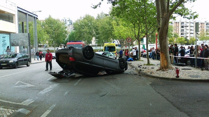 Os perigos do excesso de velocidade em meios urbanos