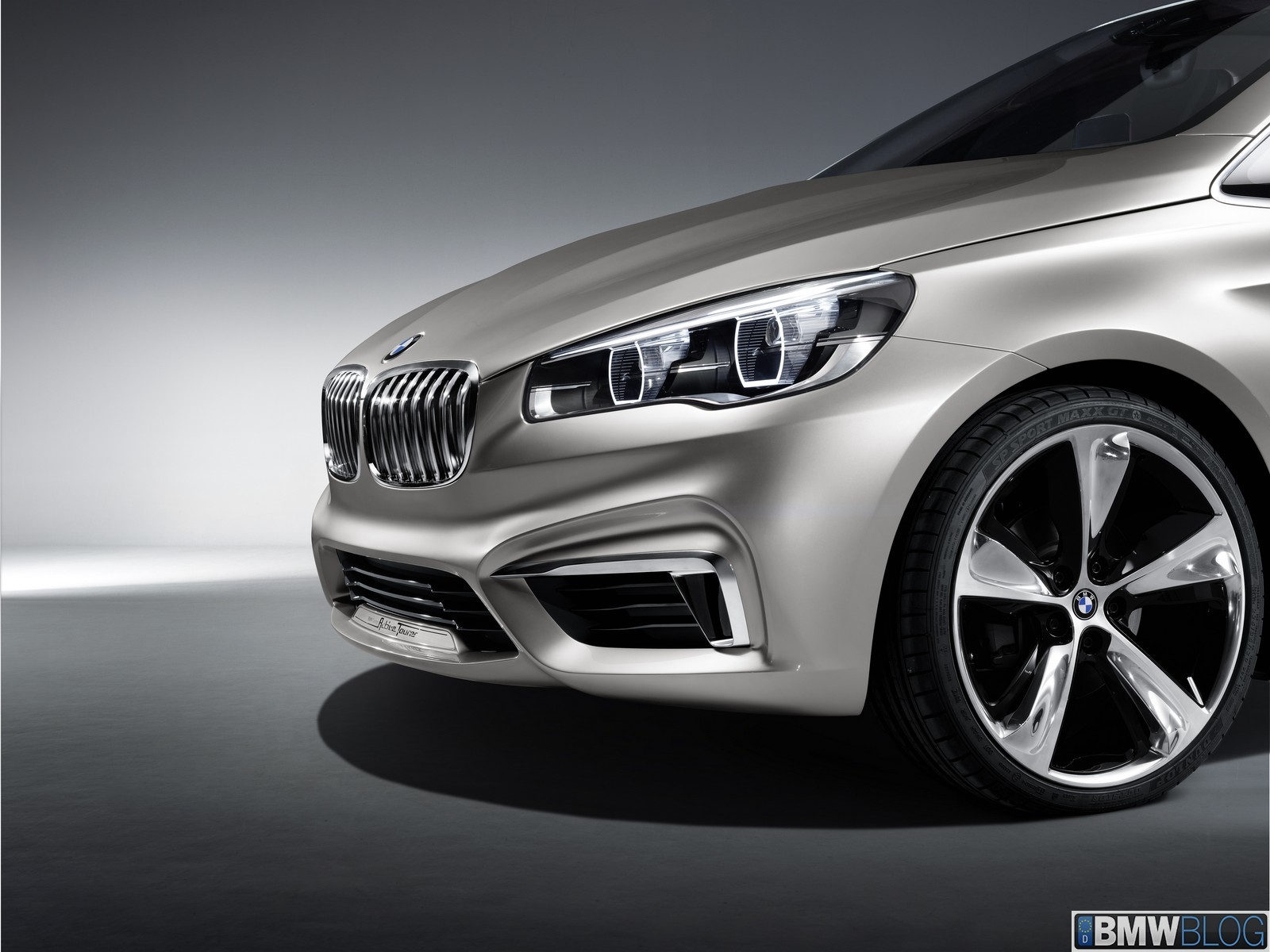 BMW-Active-Tourer-Concept-Exterior-121