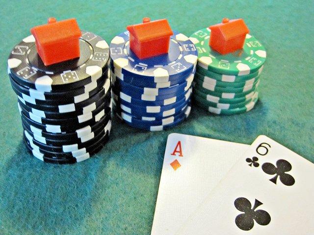 hipoteca_poker
