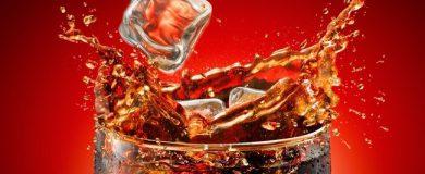 http://img.blogs.es/ennaranja/wp-content/uploads/2014/05/coca-cola-390x160.jpg