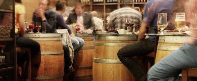 http://img.blogs.es/ennaranja/wp-content/uploads/2014/09/restaurantes-reservas-1-390x160.jpg