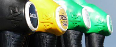 http://img.blogs.es/ennaranja/wp-content/uploads/2015/01/gasoline-175122_1280-390x160.jpg