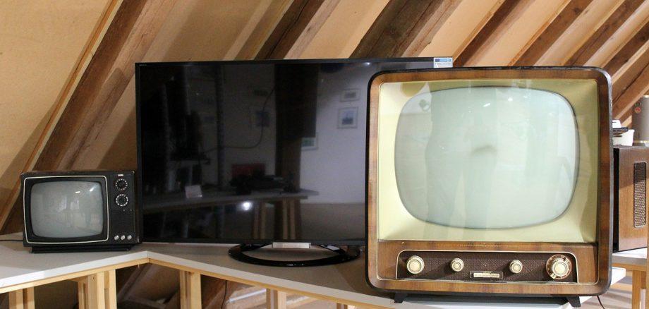 tv-629874_1280