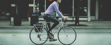 una bici te hará ahorrarhttp://img.blogs.es/ennaranja/wp-content/uploads/2015/04/una-bici-te-hará-ahorrar-390x160.jpg