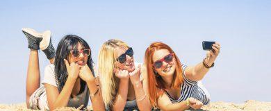 http://img.blogs.es/ennaranja/wp-content/uploads/2015/06/Tarjeta-de-embarque-en-el-móvil-y-apps-para-viajar-390x160.jpg