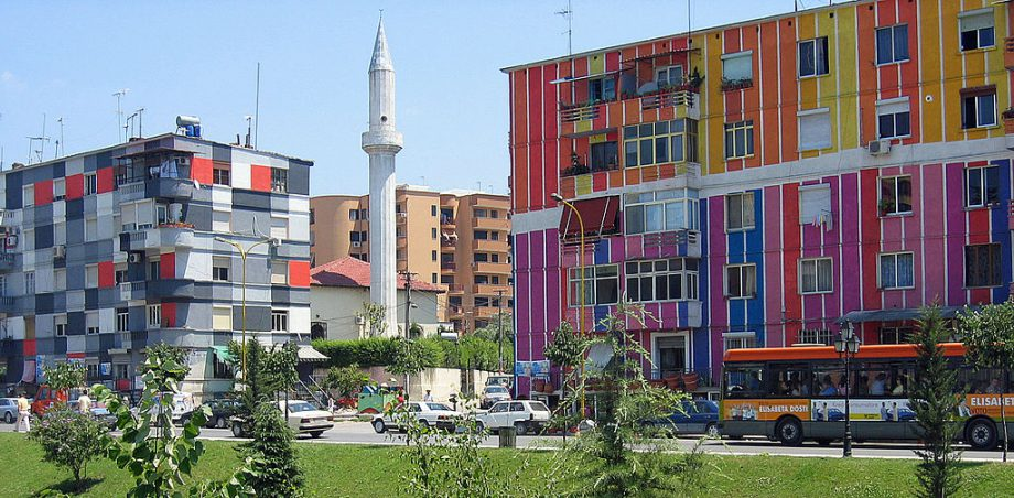 1024px-Tirana_-_Colourful_houses_at_Lana