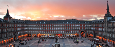 http://img.blogs.es/ennaranja/wp-content/uploads/2016/05/Plaza-Mayor-de-Madrid-390x160.png