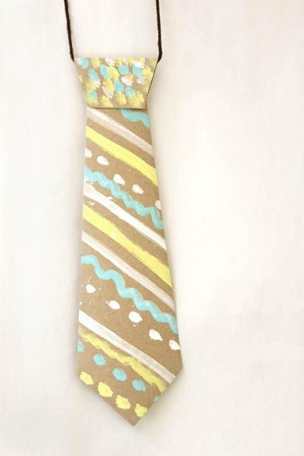 Corbata-de-papel-para-hacer-con-los-niños-para-el-dia-del-padre