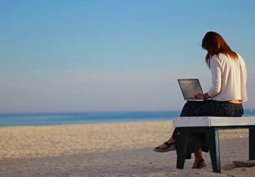 ¿Qué debemos pedirle a un portátil que va a usar toda la familia en verano?