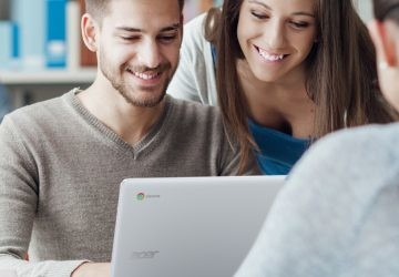 No te limites al móvil, descubre lo que se puede hacer en redes sociales desde un PC
