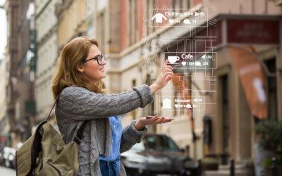 Por qué los viajeros digitales dedican más tiempo a preparar el móvil que la maleta