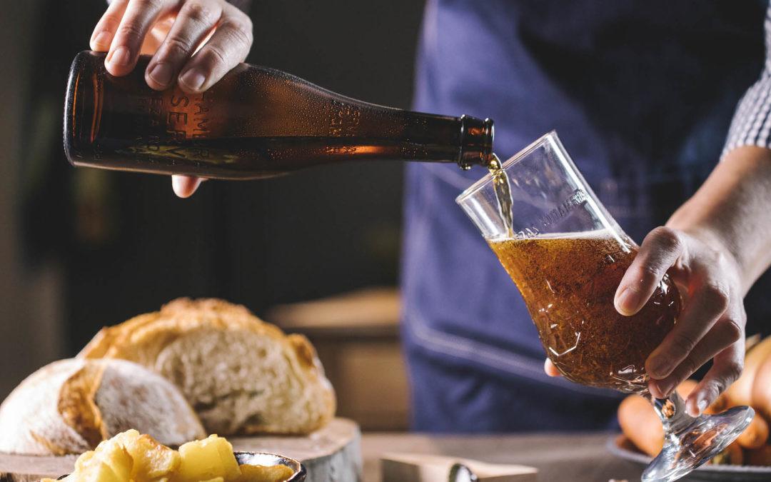 Cómo organizar una cata de cerveza en casa y acabar pasando una velada gastronómica genial
