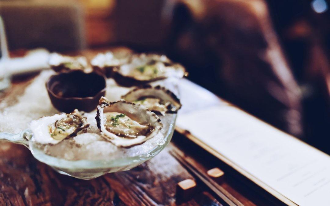 No todas las ostras son iguales: descubre su riqueza culinaria y cómo degustarlas