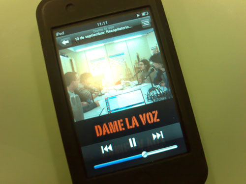 El podcast Dame La Voz en un iPod Touch