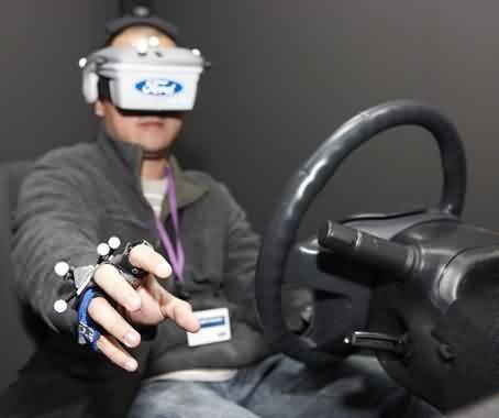 nuevo-centro-realidad-virtual-ford-logo