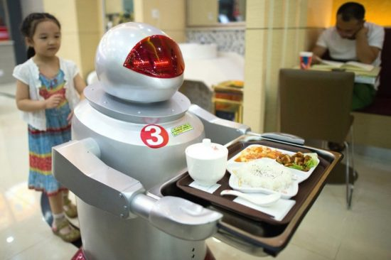 Robots-take-over-restaurant