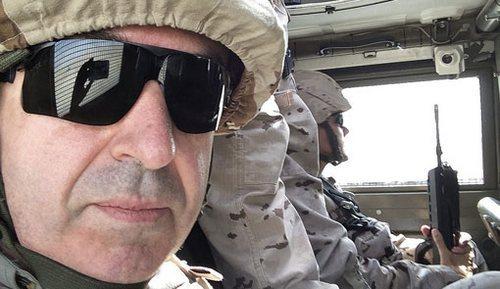 Lorenzo Silva en Herat, junto a las tropas españolas