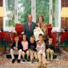 Familia real fake