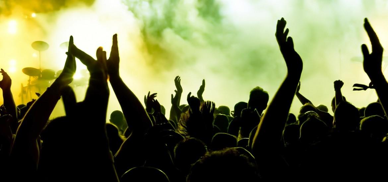 crowd2-1170x550